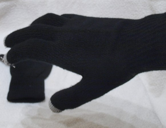 MobileFun Dot Gloves for capacitive screens   review