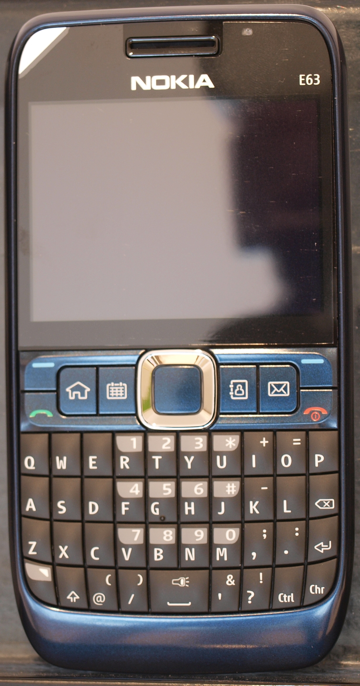 Can nokia 500 support skype